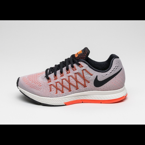 0f2624492478c Nike Air Zoom Pegasus 32-508 Hyper Orange Sneakers.  M 5b38713a3c984401810d3c39